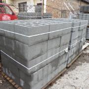 leier_beton_pincefalazó_uni